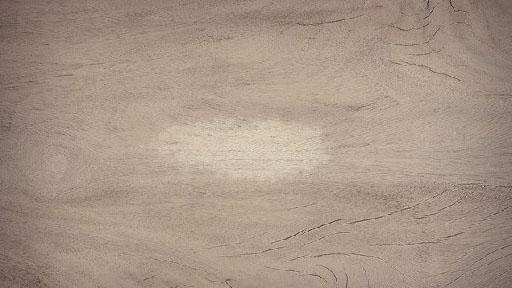 cómo quitar manchas de café de la madera
